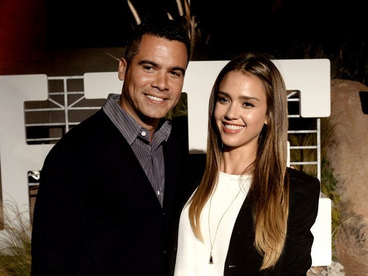 الثنائي Jessica Alba وCash Warren