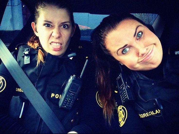 شرطيتان نرويجيتان
