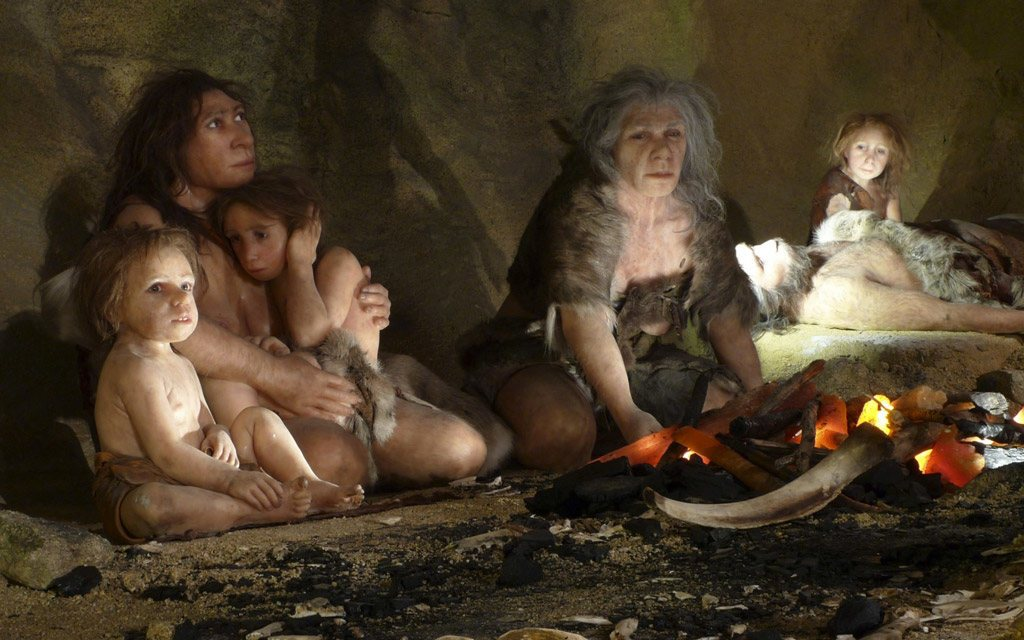 عائلة نياندرتال في كهف