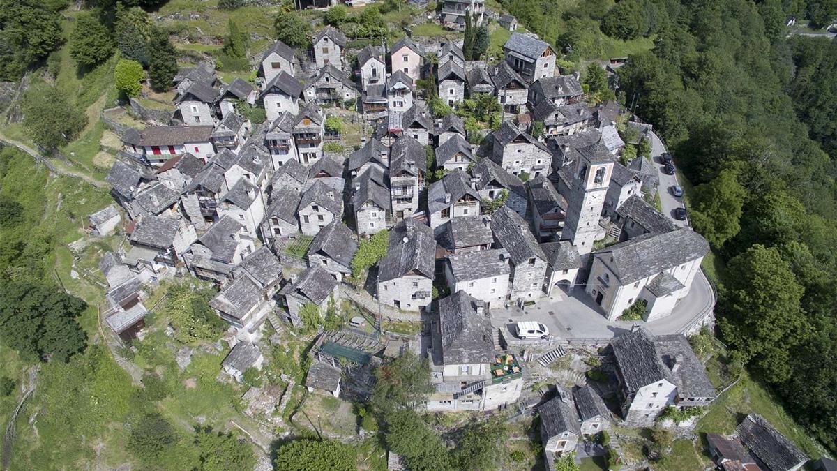 ستتكلف خطة ترميم قرية (كوريبو) حوالي 6.5 مليون دولار على ثلاث مراحل