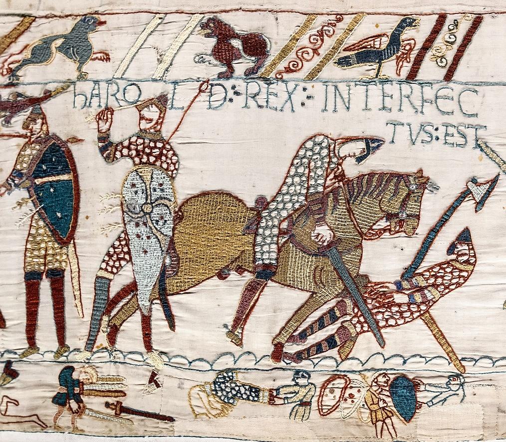 مشهد من معركة «نسيج بايو» التي يبرز فيها وفاة الملك (هيرالد) إثر إصابته بسهم على مستوى العين.
