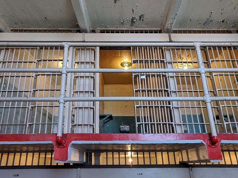 الزنزانة رقم 181 التي قضى فيها (آل كابوني) فترة حكمه في (ألكاتراز).